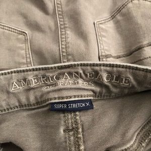 American Eagle Outfitters Jeans - EUC American Eagle Super High Rise Jegging 8